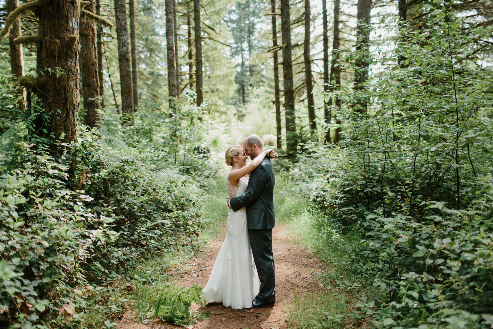 Silver Falls State Park Wedding by Anna Jaye Photography 020