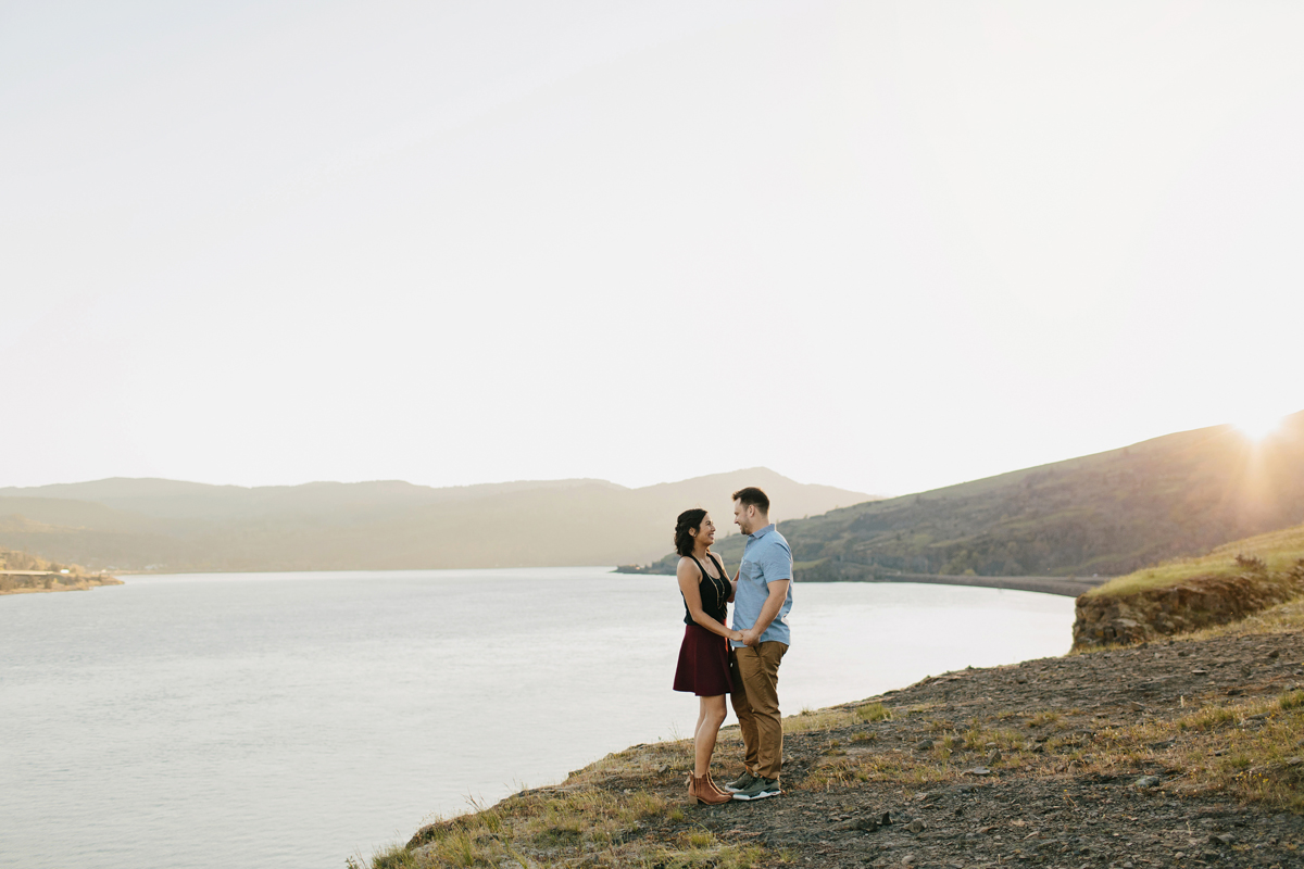 Columbia River Gorge Engagment photos 019