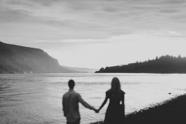 Beacon Rock State Park engagement photos