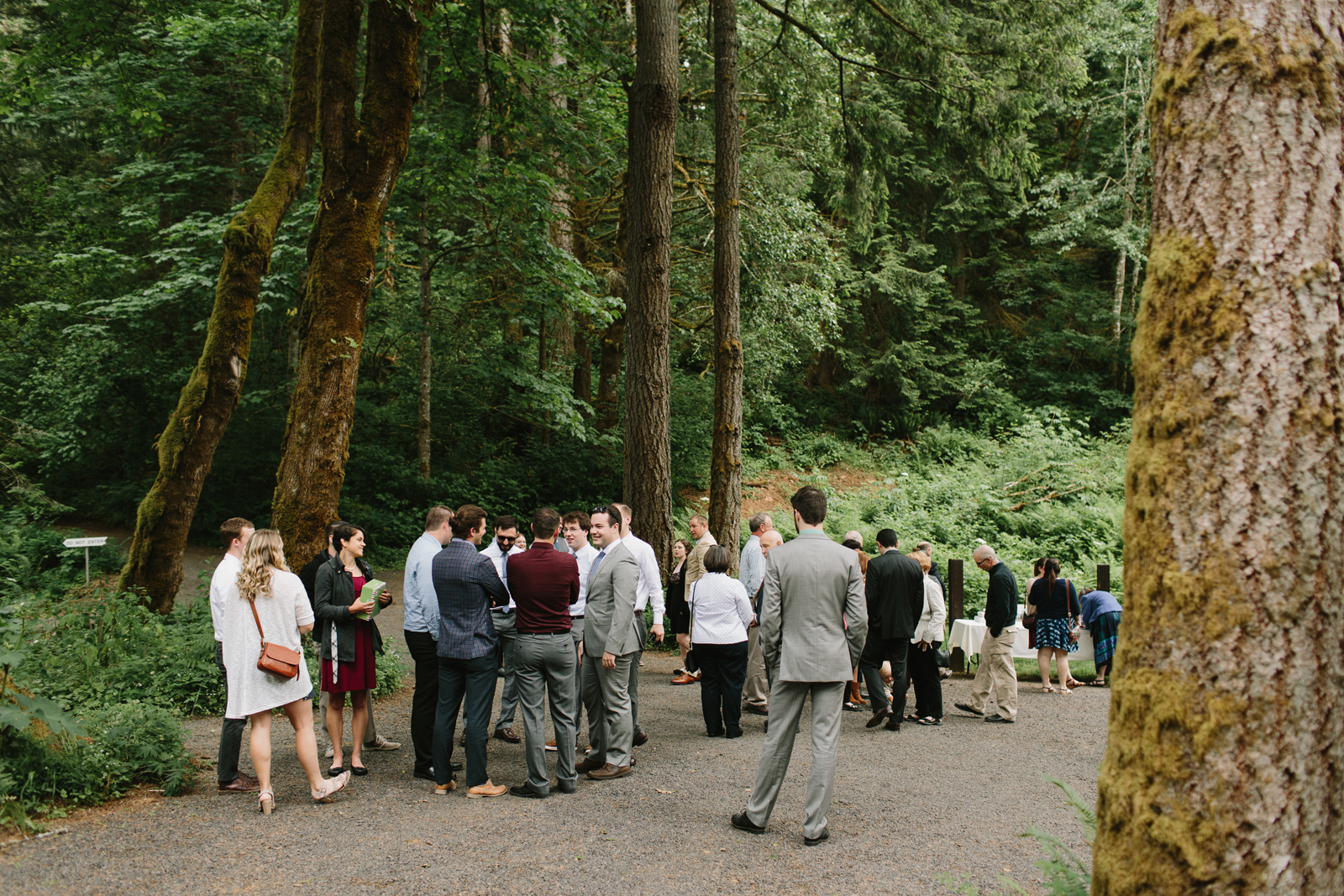 Wedding guests arrive at Bridal Veil Lakes in Corbett, OR