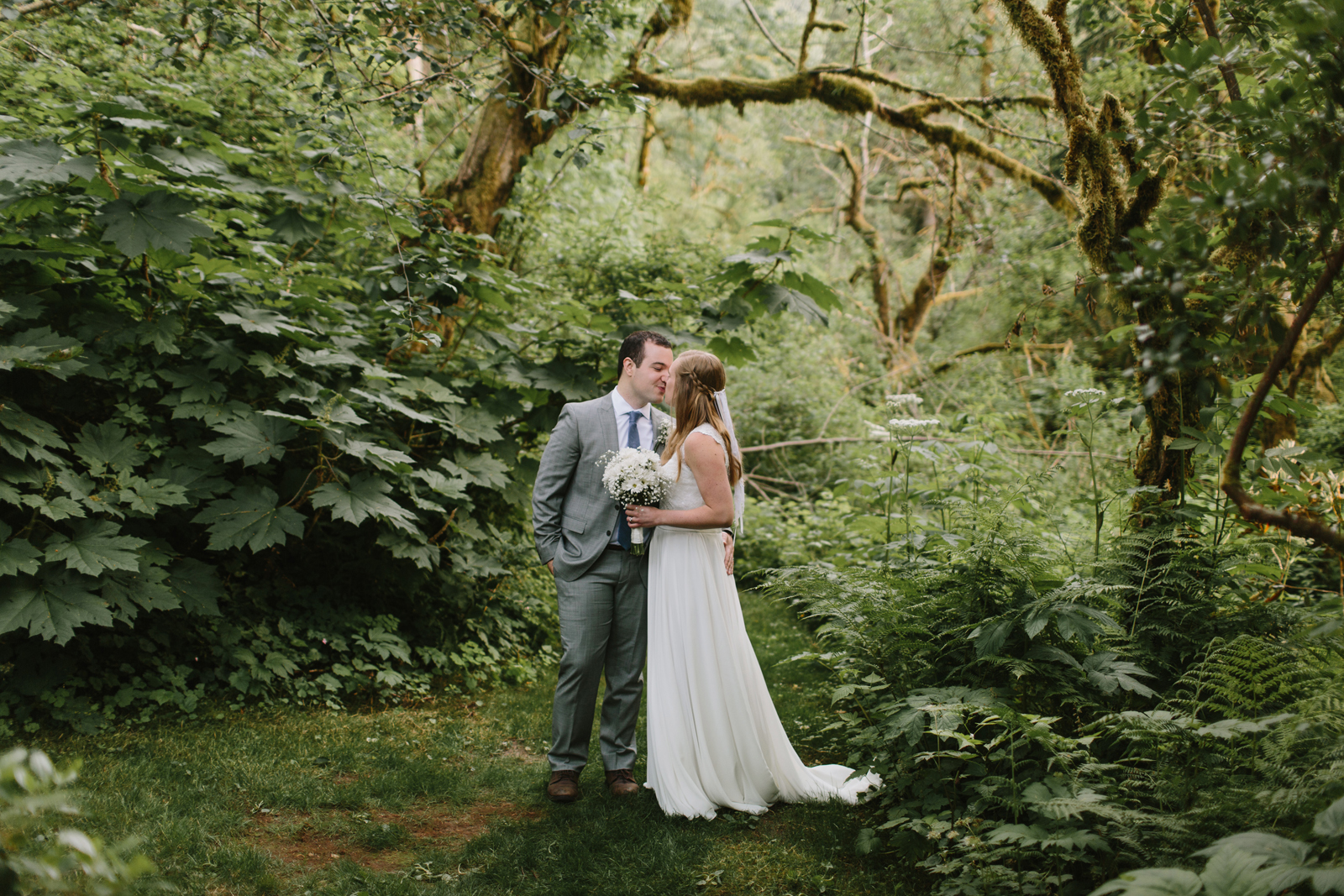 Bride and groom portrait at Bridal Veil Lakes in Corbett, Oregon