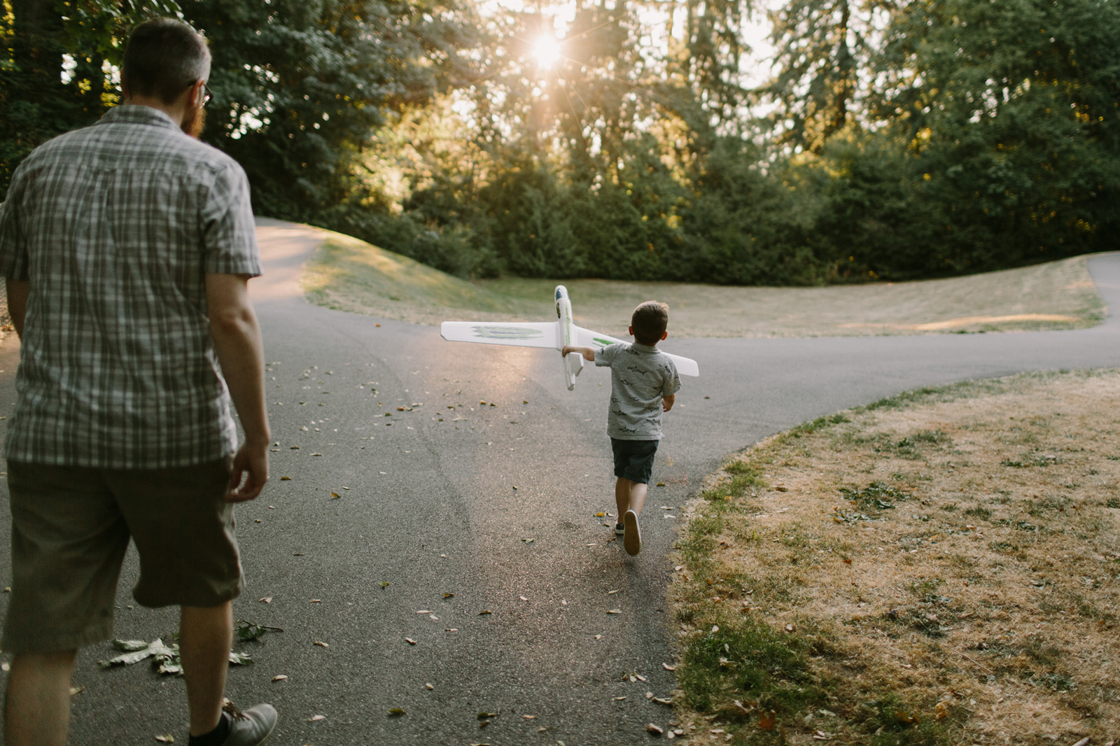 documentary family photographer in Vancouver, WA